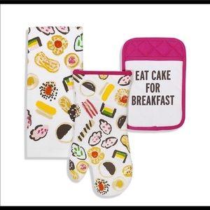 kate spade Eat Cake for Breakfast Mit dishtowel